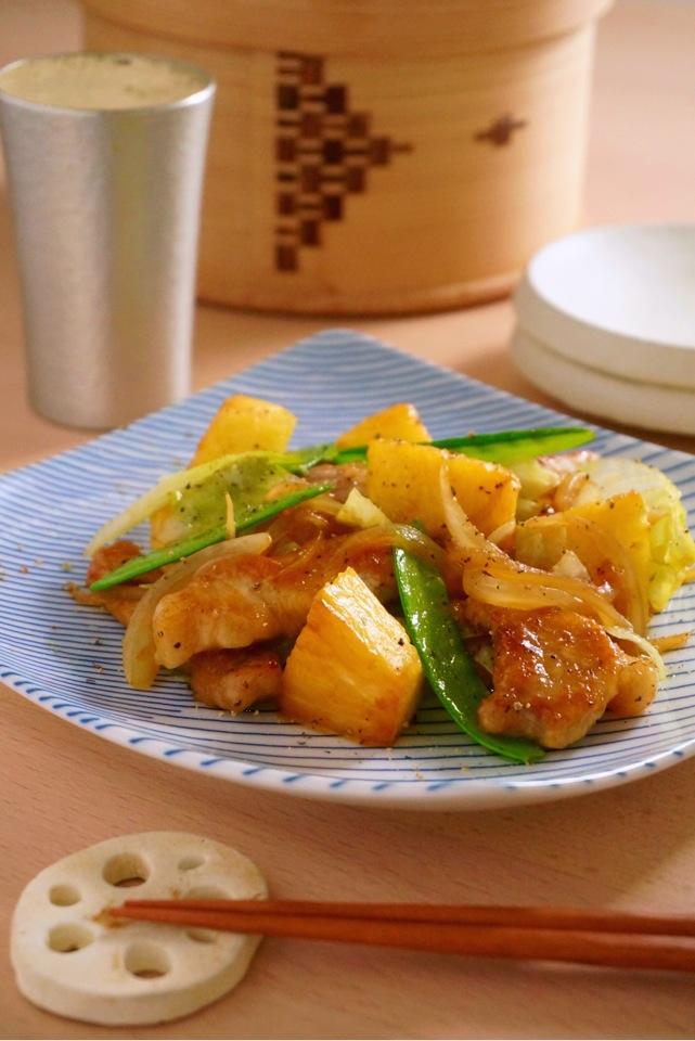 パイナップルと豚肉の炒めもの