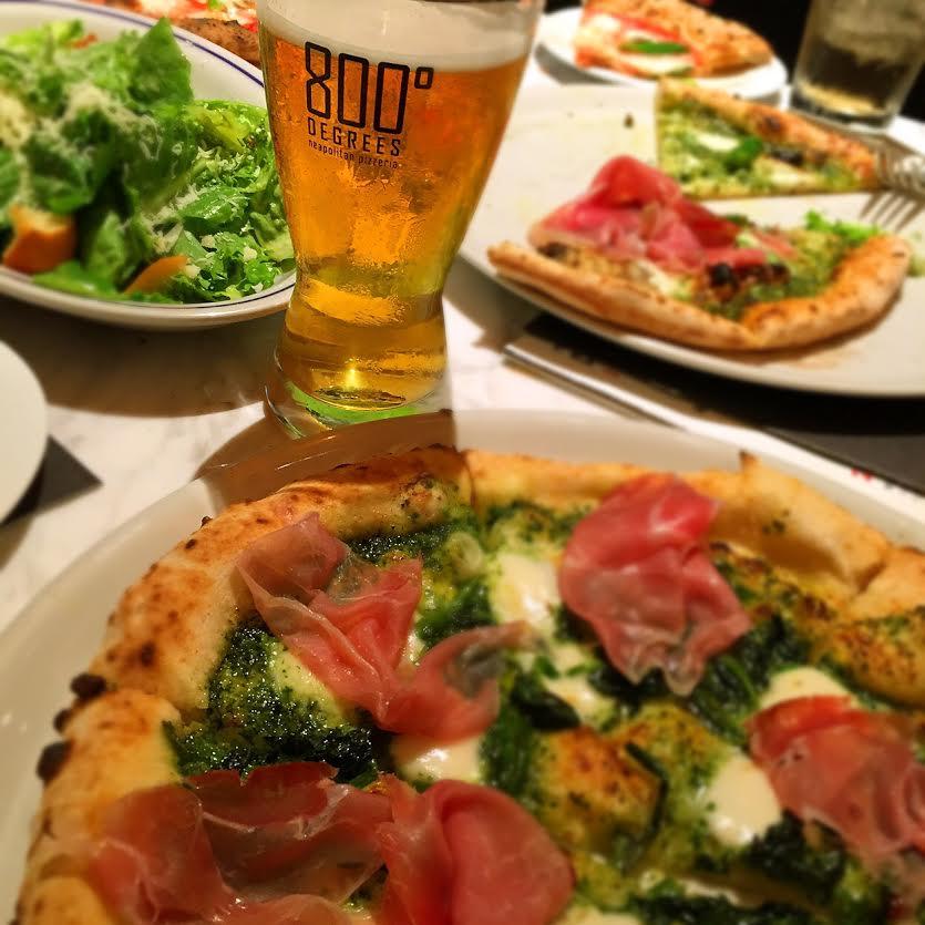 800°Degrees Neapolitan Pizzeria(800 デグリーズ ナポリタン ピッツェリア)